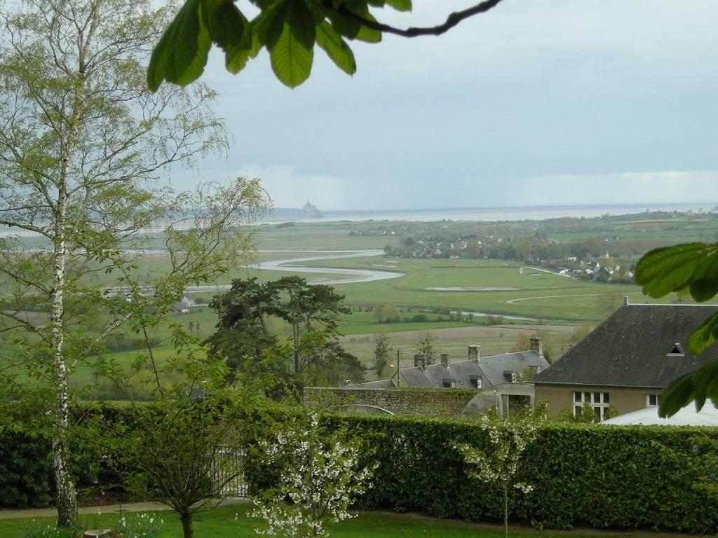 Vue sur la Sée et le Mont Saint-Michel, depuis le Jardin des Plantes d